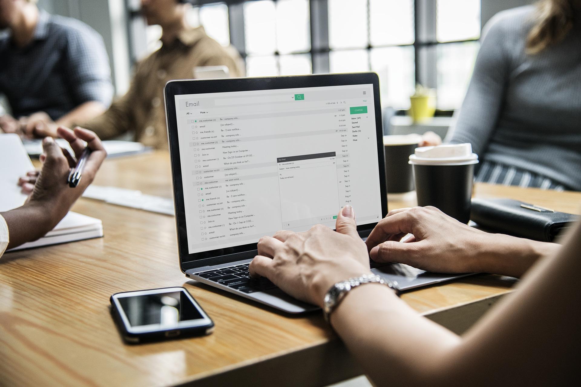 Mitarbeiter, Team; Digital; Computer; Training, Arbeit