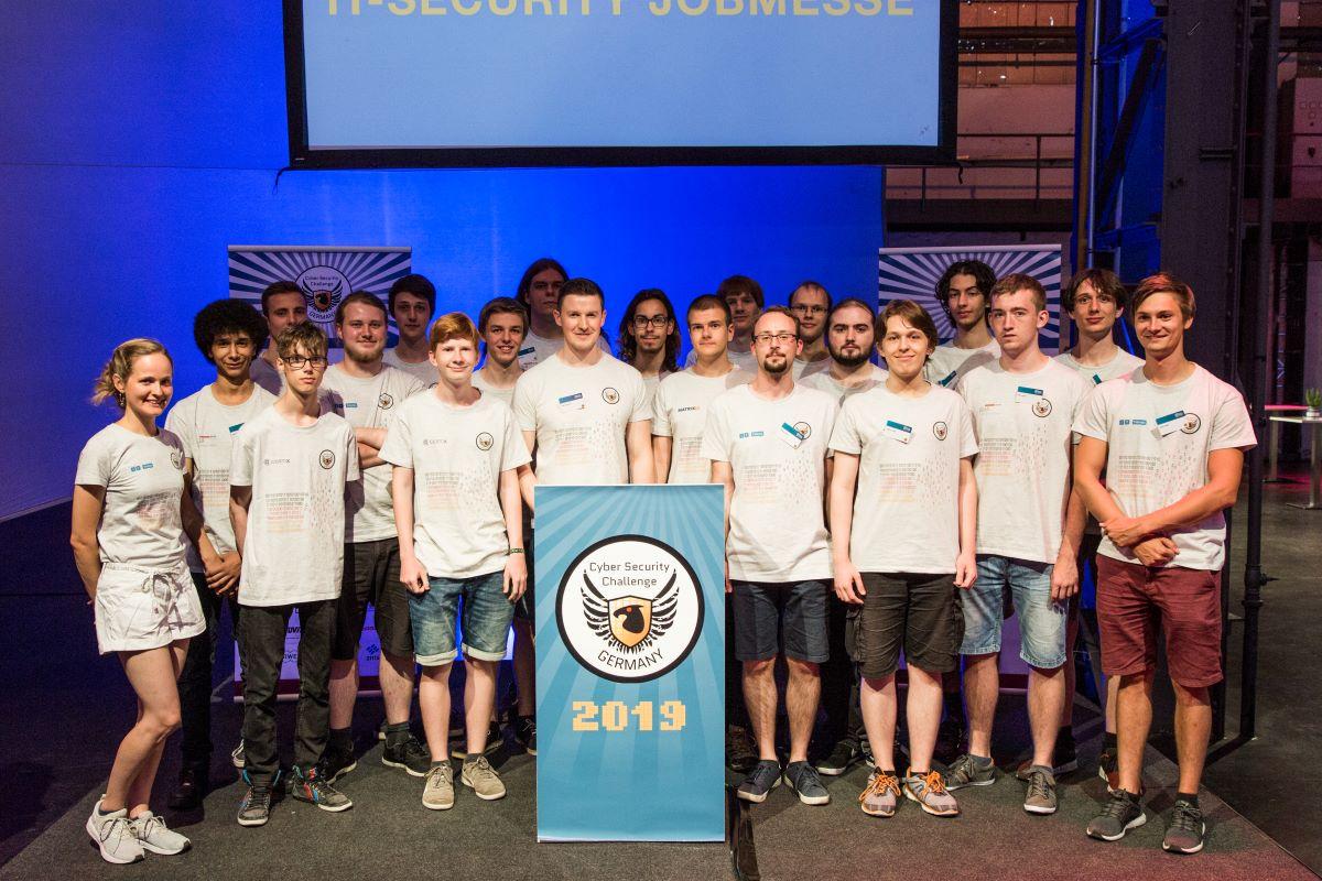Gruppenbild der Teilnehmer der Cyber Security Challenge 2019.