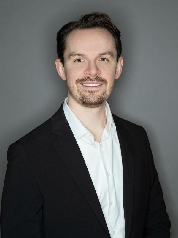 Dr. Ilja Maurer